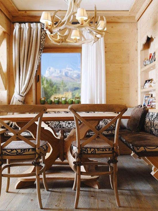 Casa cu interior din lemn: superba si calduroasaCasa cu interior din lemn: superba si calduroasa