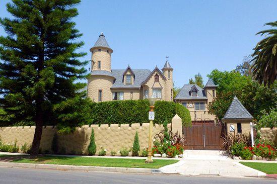 Chateau LeMoine