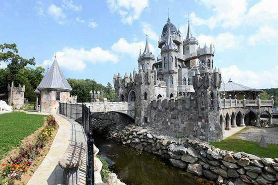Castelul Chrismark