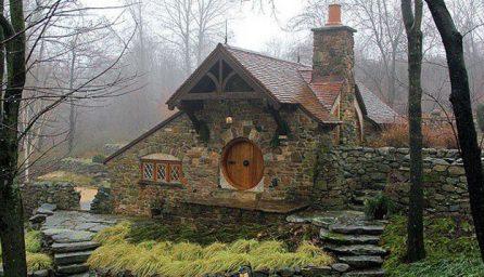 Casa Hobitului